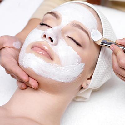zabiegi kosmetyczne kosmetyczka katowice slask - Clover Cosmetics - Kosmetyki spersonalizowane. Analiza skóry. Produkcja naturalnych kosmetyków